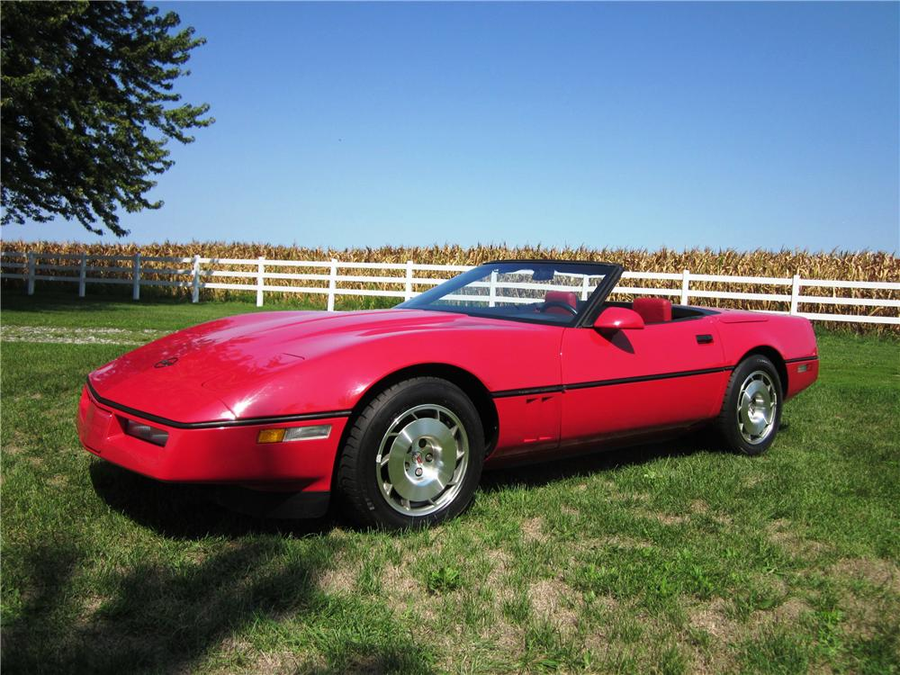 1986 CHEVROLET CORVETTE CONVERTIBLE - Front 3/4 - 138503