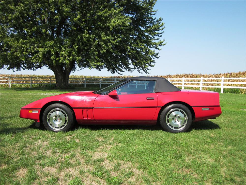 1986 CHEVROLET CORVETTE CONVERTIBLE - Side Profile - 138503