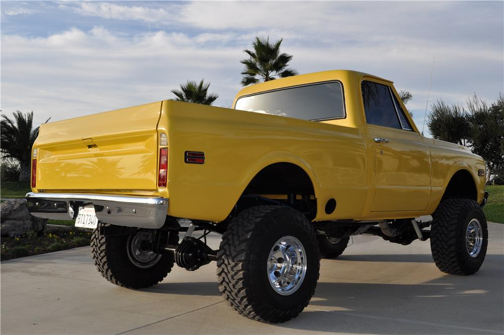 1972 GMC CUSTOM 4X4 PICKUP - Rear 3/4 - 138518