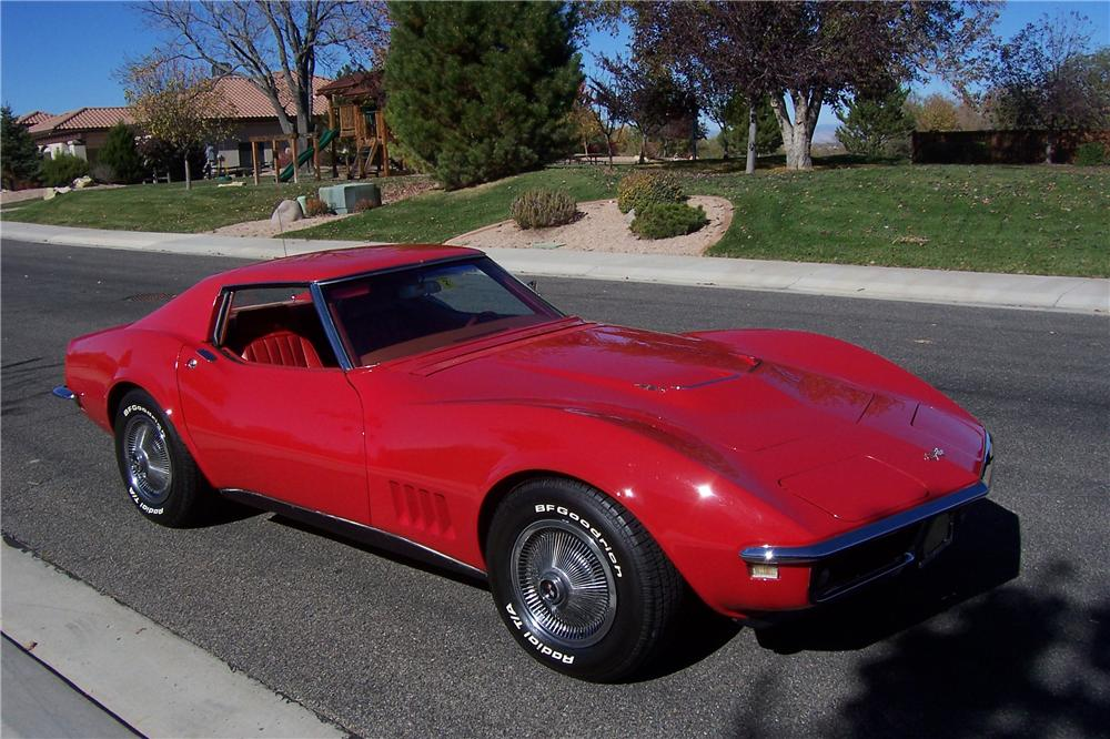 1968 CHEVROLET CORVETTE 2 DOOR COUPE - Side Profile - 138521