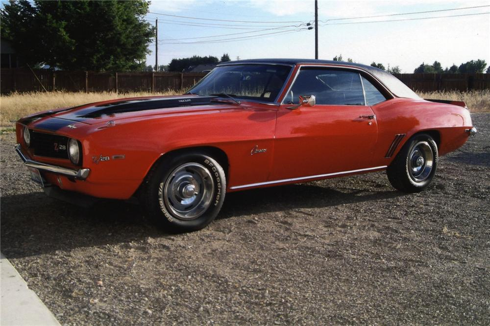 1969 CHEVROLET CAMARO 2 DOOR COUPE - Front 3/4 - 138585