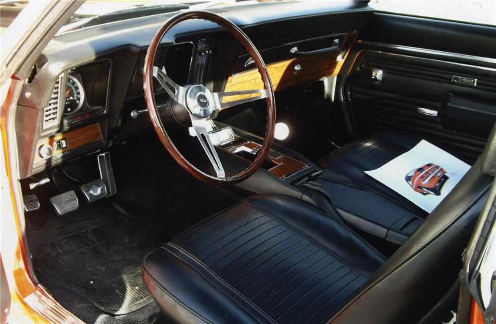 1969 CHEVROLET CAMARO 2 DOOR COUPE - Interior - 138585