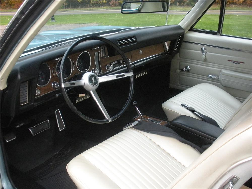 1968 PONTIAC GTO 2 DOOR COUPE - Interior - 138717