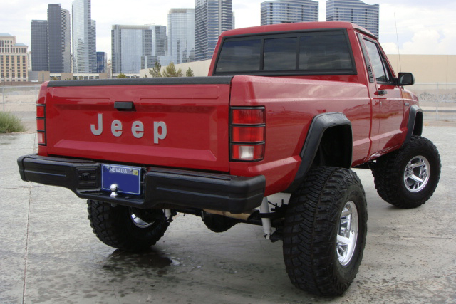 1992 JEEP COMANCHE CUSTOM PICKUP - Rear 3/4 - 138738