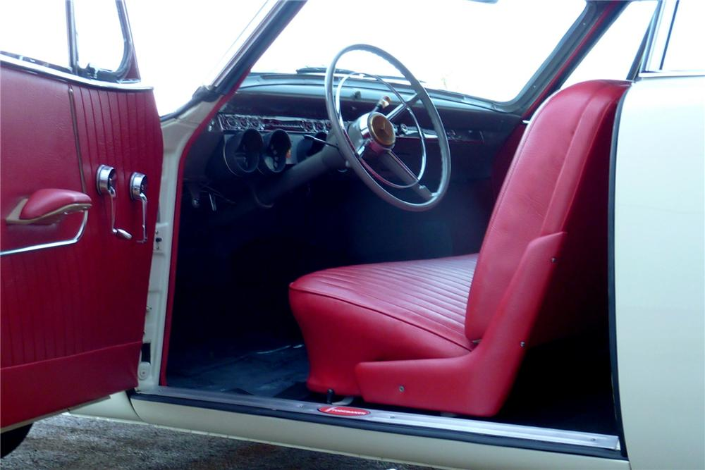 1953 STUDEBAKER STARLINER 2 DOOR HARDTOP - Interior - 138754