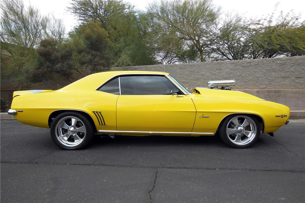 1969 CHEVROLET CAMARO CUSTOM 2 DOOR COUPE - Side Profile - 138761