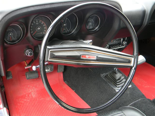 1970 FORD MUSTANG BOSS 302 FASTBACK - Interior - 138765