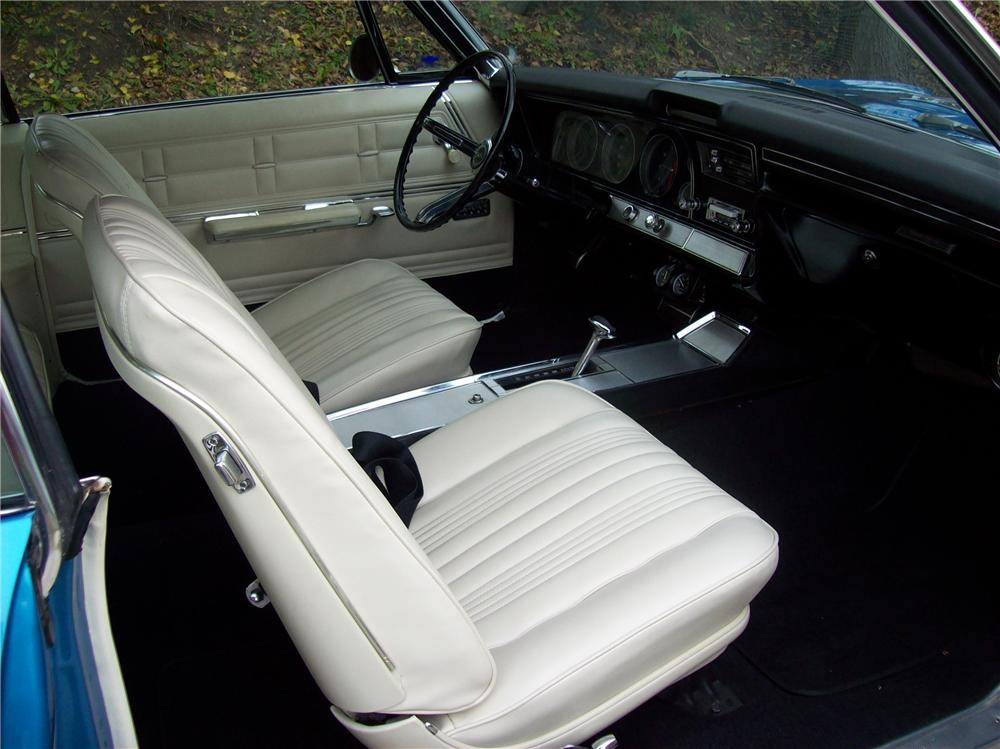 1967 CHEVROLET IMPALA SS 2 DOOR COUPE - Interior - 138769