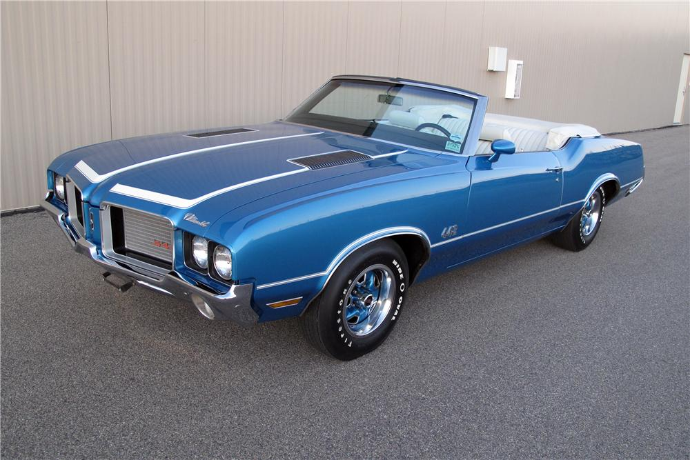 1972 OLDSMOBILE 442 CONVERTIBLE - Front 3/4 - 138770