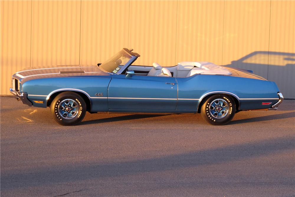 1972 OLDSMOBILE 442 CONVERTIBLE - Side Profile - 138770