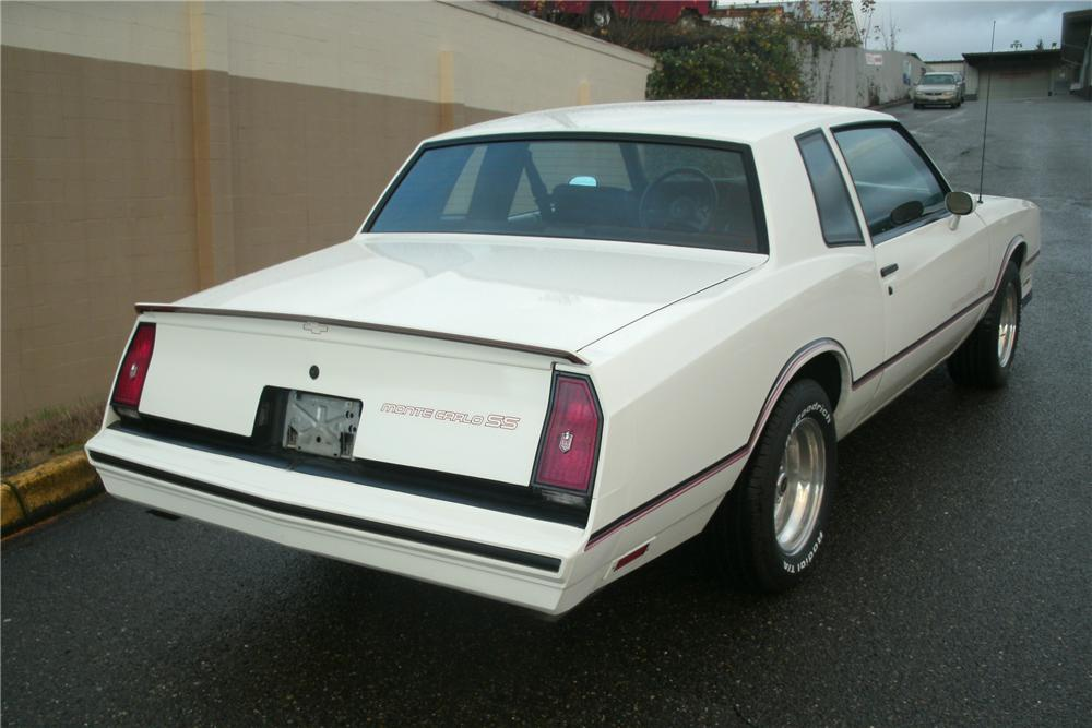 1985 CHEVROLET MONTE CARLO SS 2 DOOR HARDTOP - Rear 3/4 - 138822