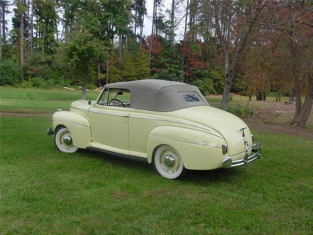 1941 FORD SUPER DELUXE CONVERTIBLE - Rear 3/4 - 138890