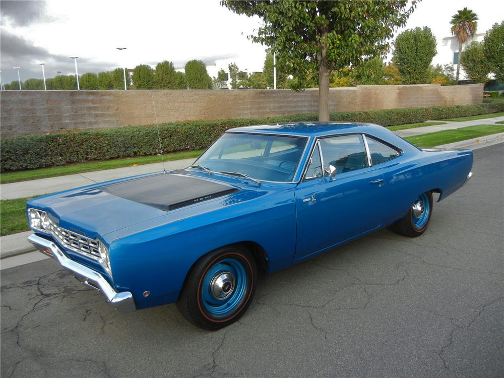 1968 PLYMOUTH HEMI ROAD RUNNER 2 DOOR HARDTOP - Front 3/4 - 138932