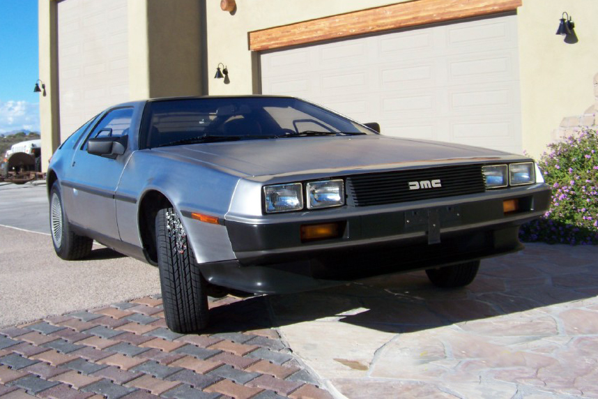 1981 DELOREAN GULLWING COUPE - Front 3/4 - 138936