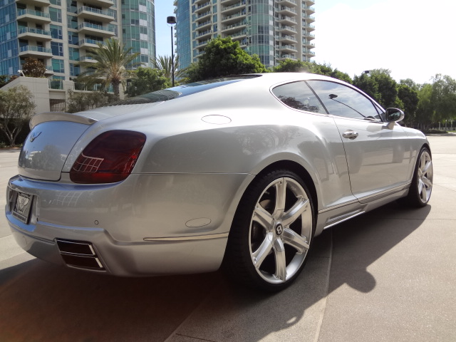 2004 BENTLEY CONTINENTAL GT 2 DOOR COUPE - Rear 3/4 - 138939