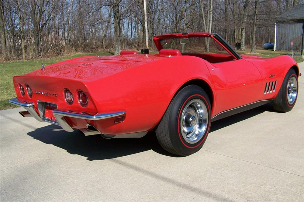 1969 CHEVROLET CORVETTE CONVERTIBLE - Rear 3/4 - 138942