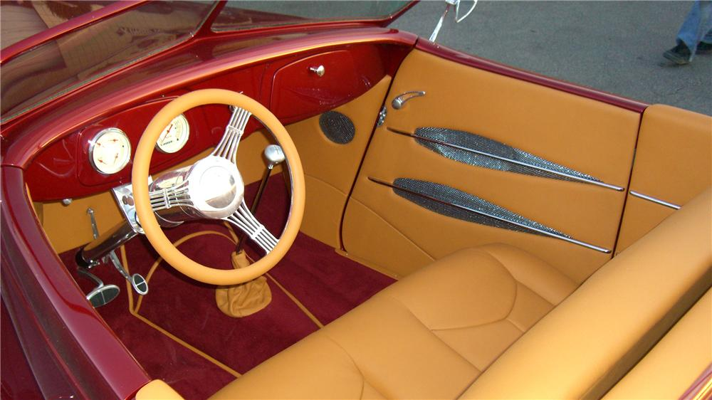 1934 FORD CUSTOM ROADSTER - Interior - 138944