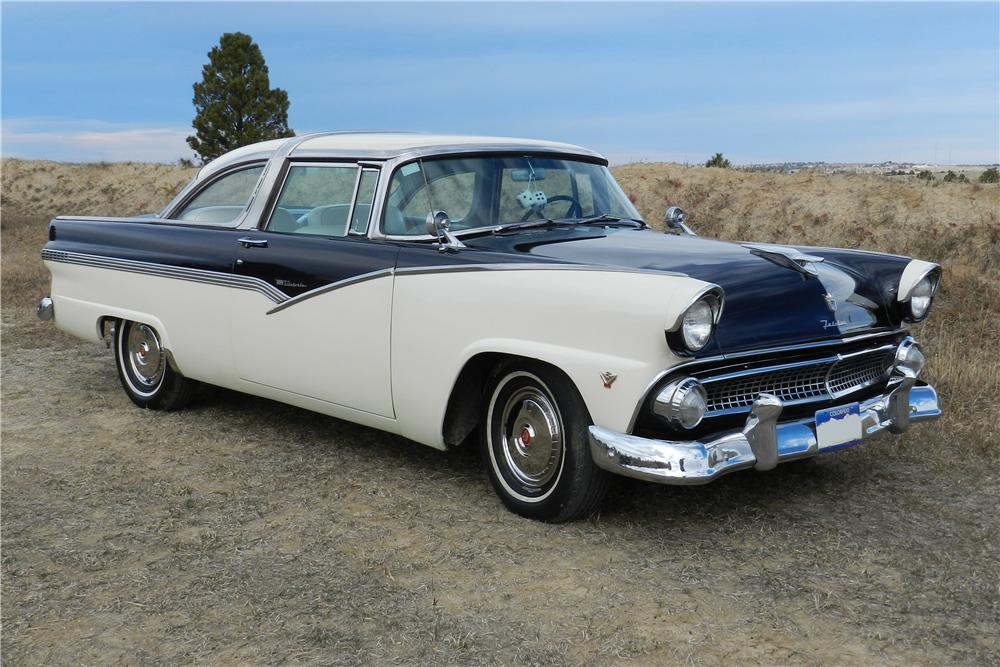 1955 FORD CROWN VICTORIA 2 DOOR HARDTOP - Front 3/4 - 138963