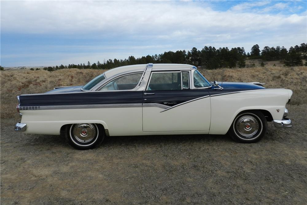1955 FORD CROWN VICTORIA 2 DOOR HARDTOP - Side Profile - 138963