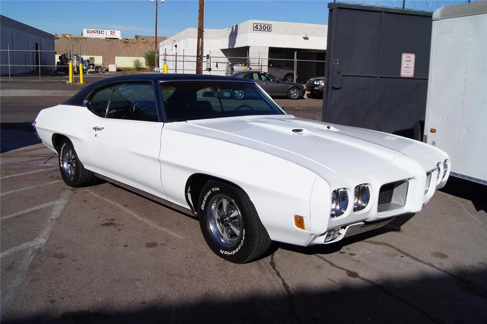 1970 PONTIAC GTO 2 DOOR COUPE - Front 3/4 - 138999