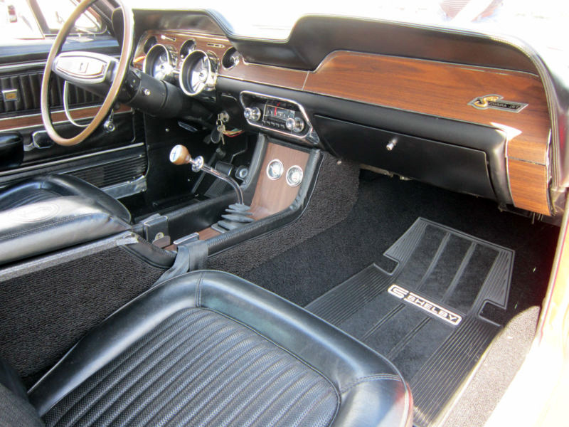 1968 SHELBY GT500 KR FASTBACK - Interior - 139005