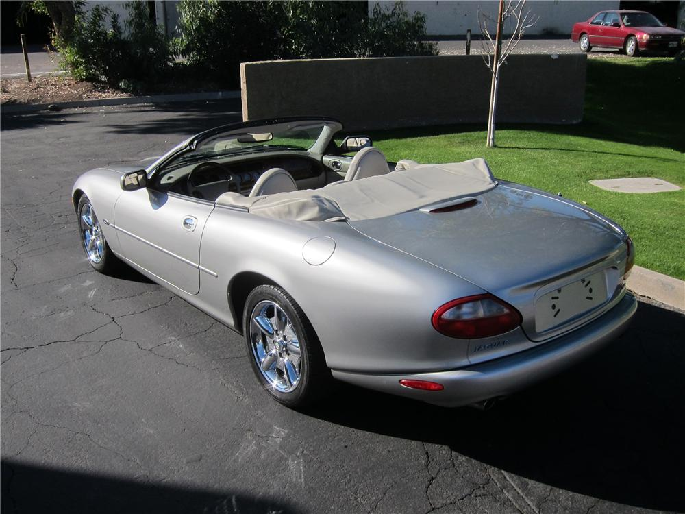 1999 JAGUAR XK8 CONVERTIBLE - Rear 3/4 - 139010