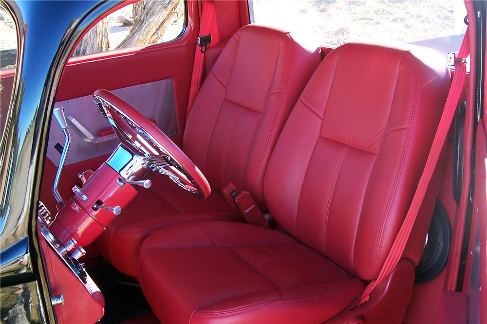 1940 FORD CUSTOM PICKUP - Interior - 139017