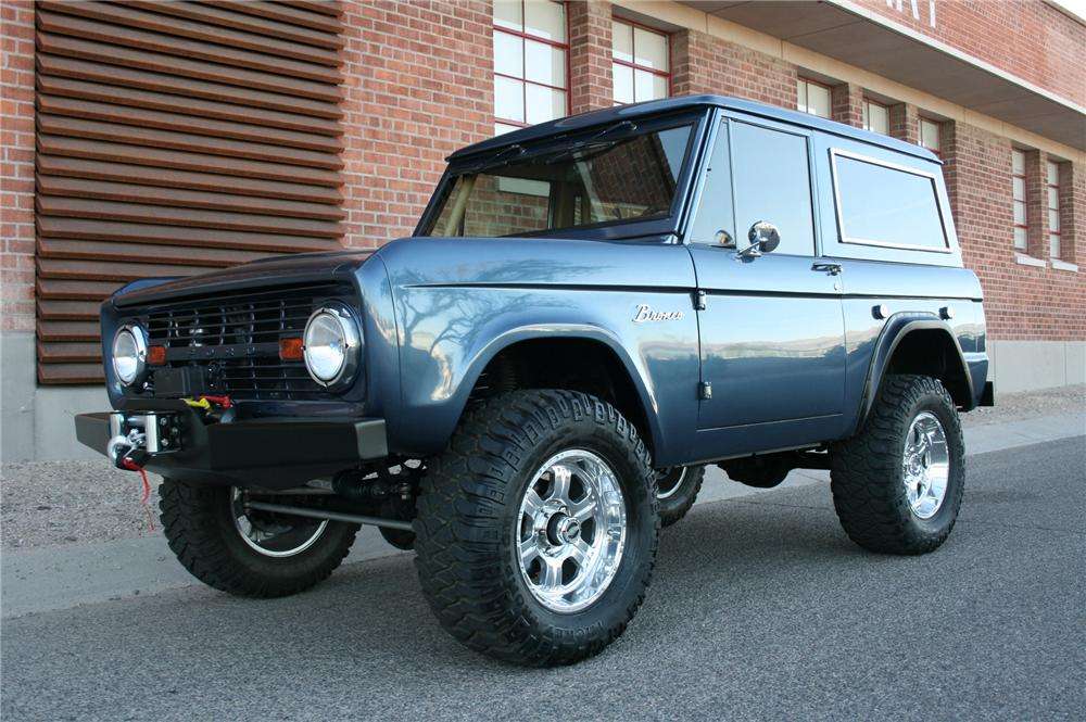 1966 FORD BRONCO CUSTOM SUV - Front 3/4 - 139019