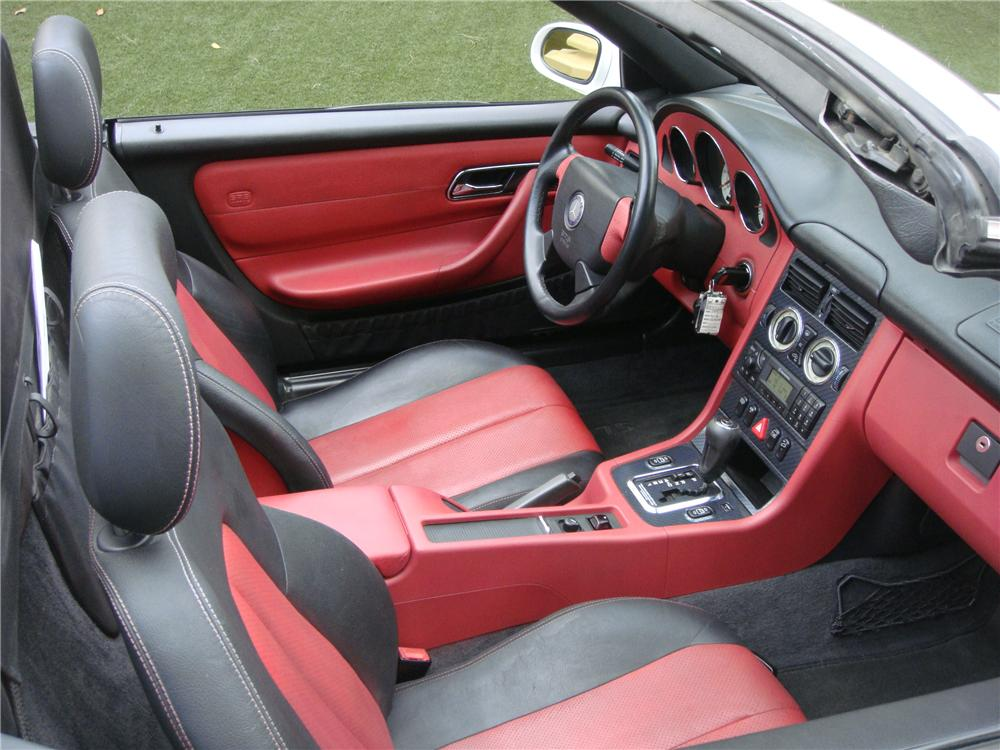 1999 MERCEDES-BENZ SLK230 CONVERTIBLE - Interior - 139033
