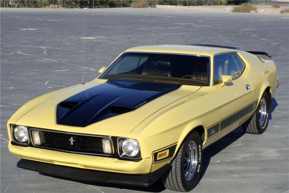 1973 FORD MUSTANG MACH 1 FASTBACK - Front 3/4 - 139038