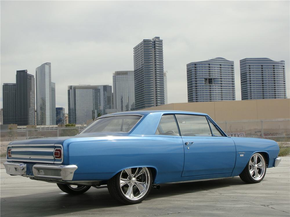 1965 CHEVROLET CHEVELLE MALIBU CUSTOM 2 DOOR COUPE - Rear 3/4 - 139040
