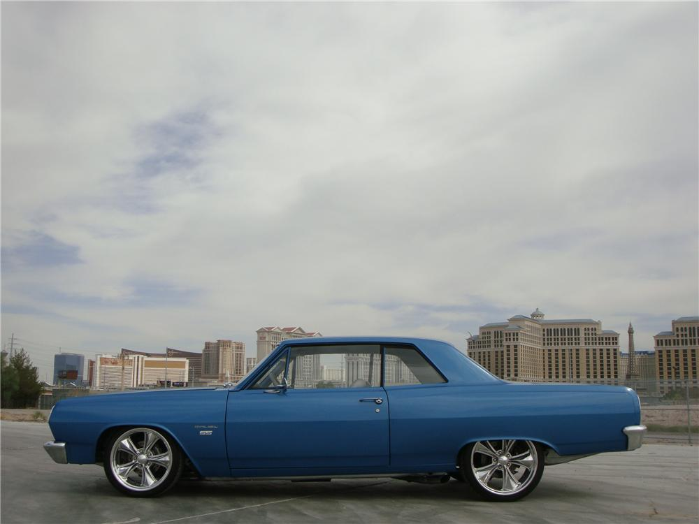 1965 CHEVROLET CHEVELLE MALIBU CUSTOM 2 DOOR COUPE - Side Profile - 139040