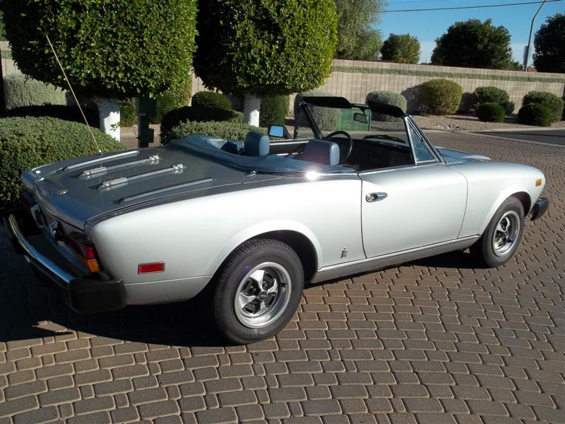 1979 FIAT SPYDER 2000 ROADSTER - Rear 3/4 - 139064