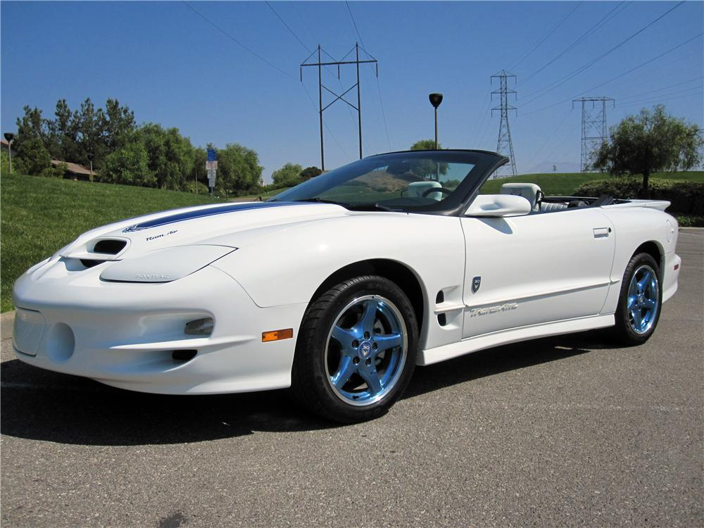 1999 PONTIAC TRANS AM 30TH ANNIVERSARY EDITION - Front 3/4 - 139065