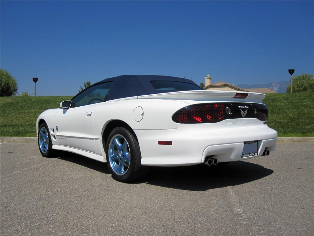 1999 PONTIAC TRANS AM 30TH ANNIVERSARY EDITION - Rear 3/4 - 139065