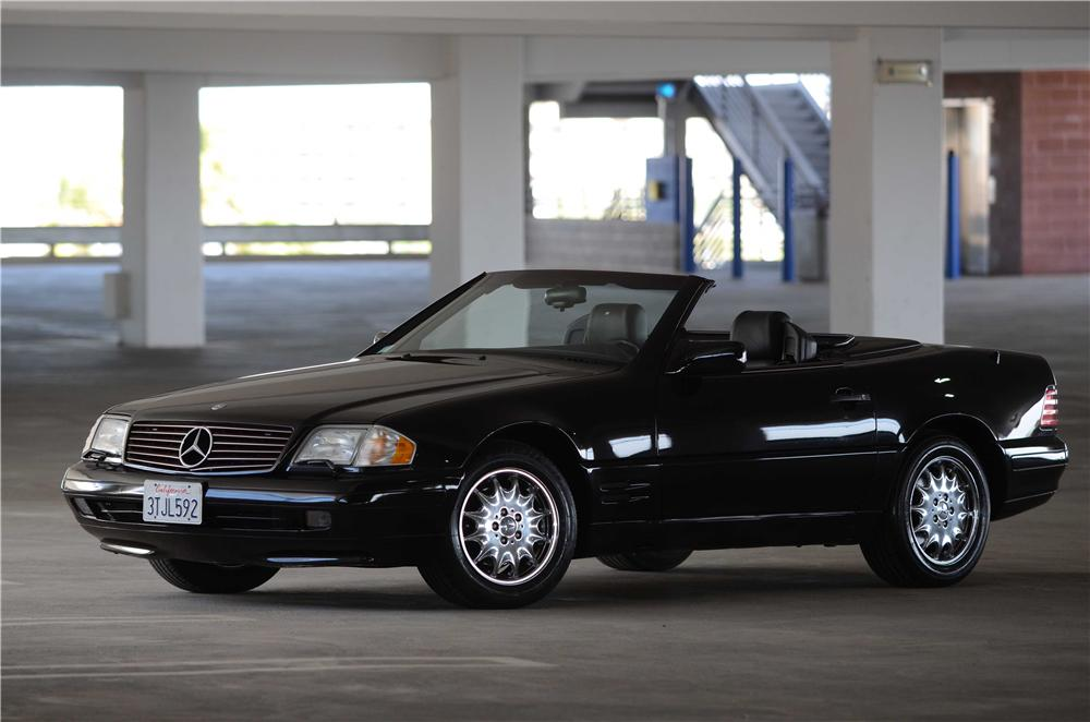 1996 MERCEDES-BENZ SL320 CONVERTIBLE - Front 3/4 - 139102