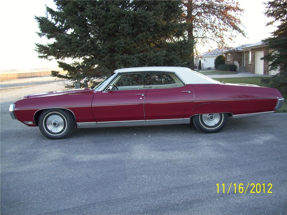 1969 pontiac bonneville 4 door hardtop 139105. Black Bedroom Furniture Sets. Home Design Ideas