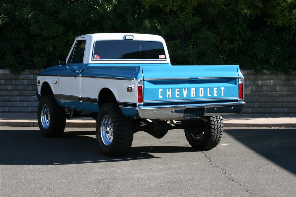 1972 CHEVROLET K-20 CUSTOM PICKUP - Rear 3/4 - 139110