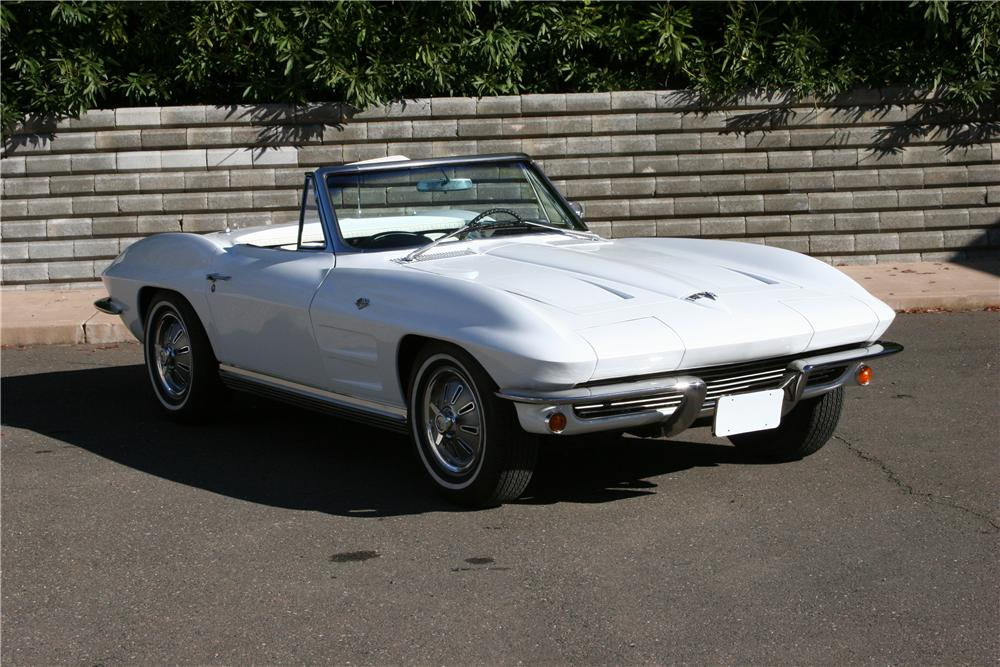 1964 CHEVROLET CORVETTE CONVERTIBLE - Front 3/4 - 139114