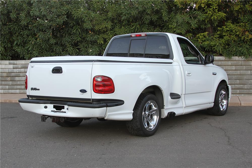 1999 FORD F-150 LIGHTNING PICKUP - Rear 3/4 - 139118