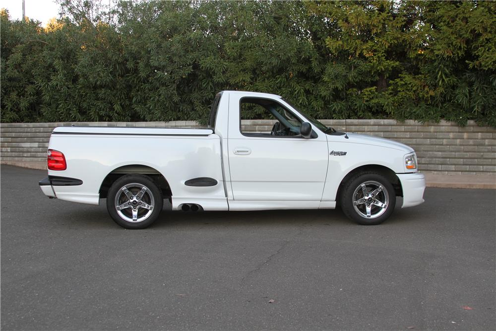 1999 FORD F-150 LIGHTNING PICKUP - Side Profile - 139118