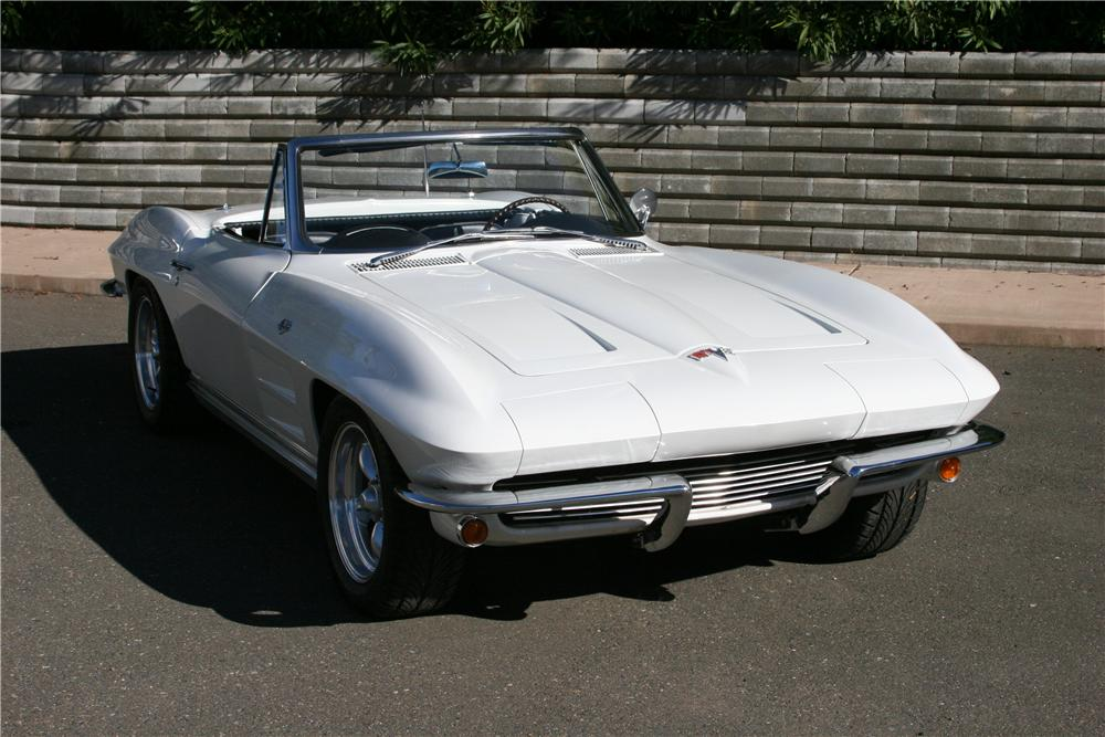 1964 CHEVROLET CORVETTE CUSTOM CONVERTIBLE - Front 3/4 - 139120