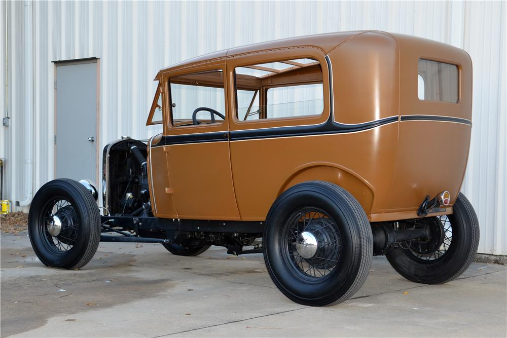 1931 FORD MODEL A CUSTOM 2 DOOR SEDAN - Rear 3/4 - 139123