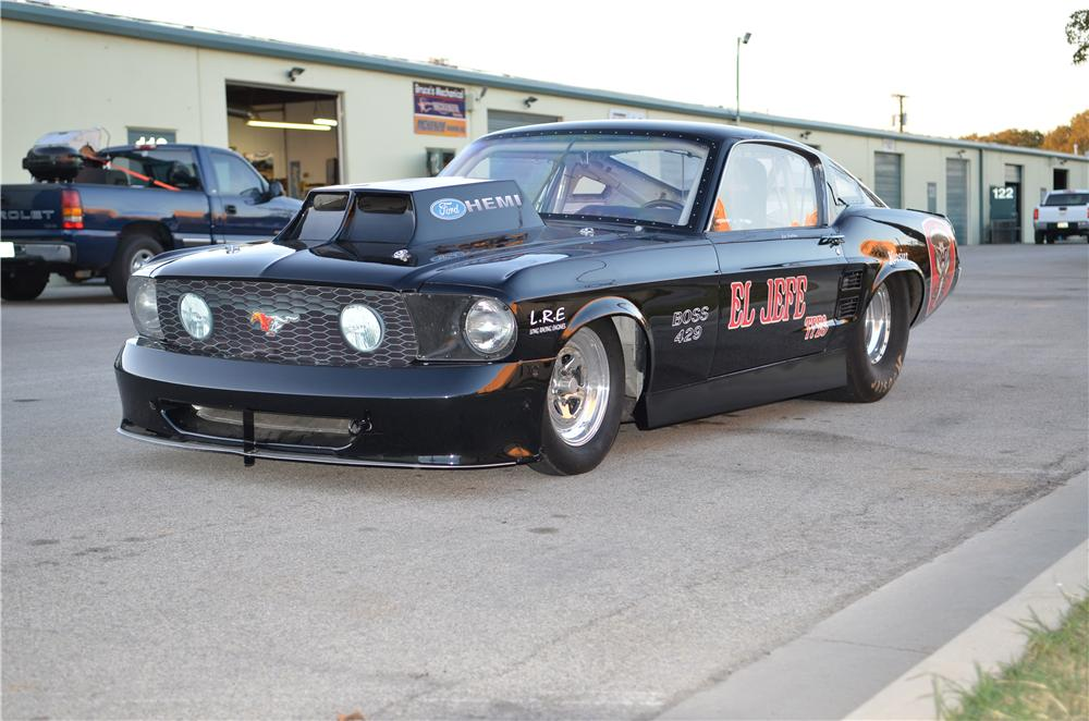 1967 FORD MUSTANG CUSTOM FASTBACK - Front 3/4 - 139125