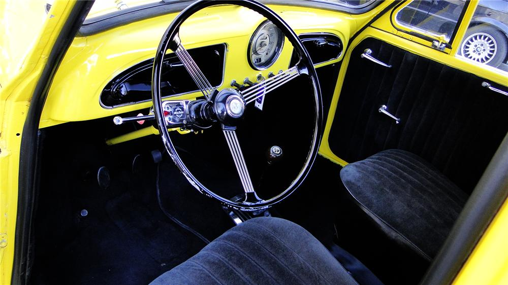 1960 MORRIS MINOR PICKUP - Interior - 139128