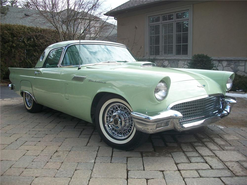 1957 FORD THUNDERBIRD CONVERTIBLE - Front 3/4 - 139145