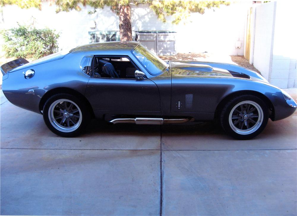 1965 SPECIAL CONSTRUCTION DAYTONA COUPE RE-CREATION - Front 3/4 - 139149