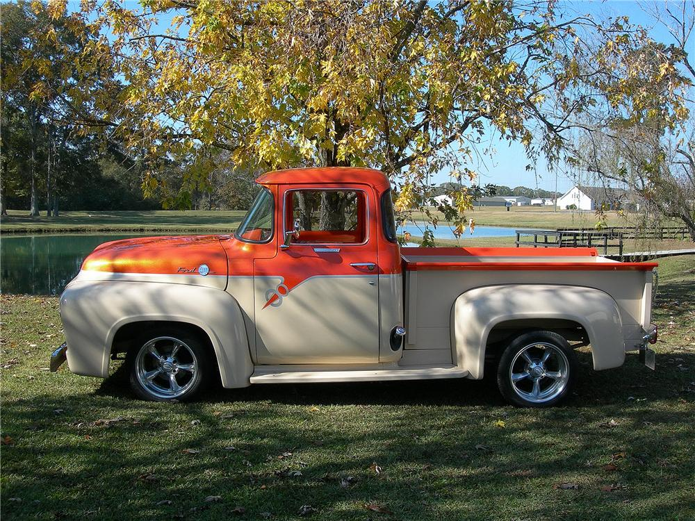 1956 FORD F-100 CUSTOM PICKUP - Front 3/4 - 139156