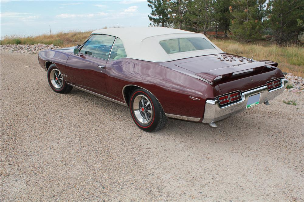 1969 PONTIAC GTO CONVERTIBLE - Rear 3/4 - 139171
