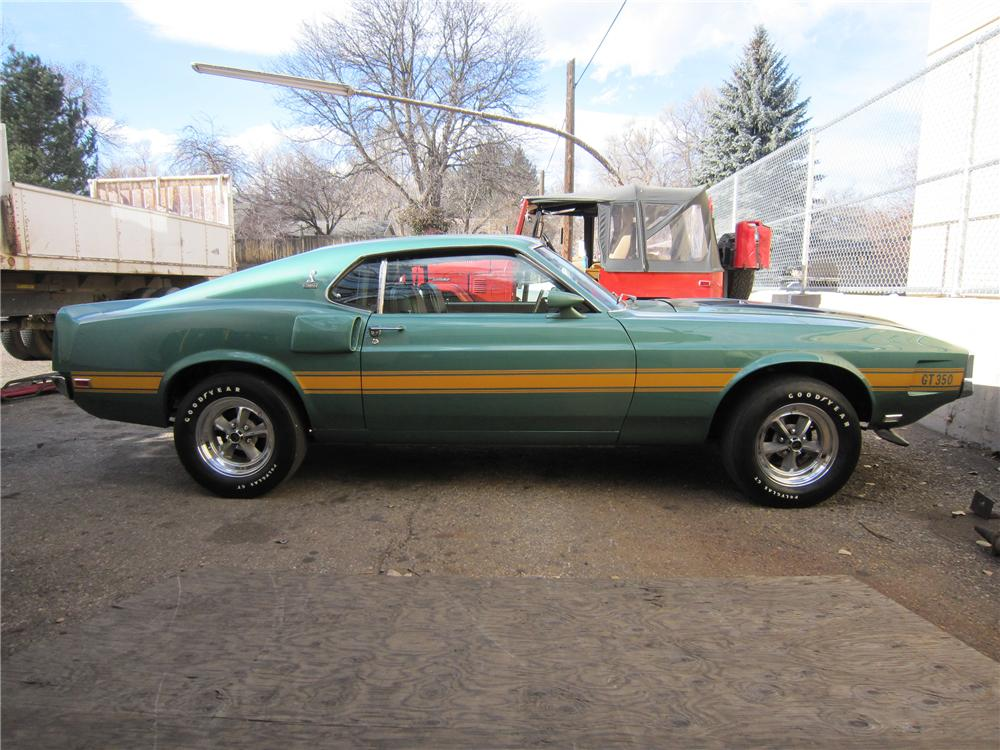1970 SHELBY GT350 FASTBACK - Side Profile - 139175
